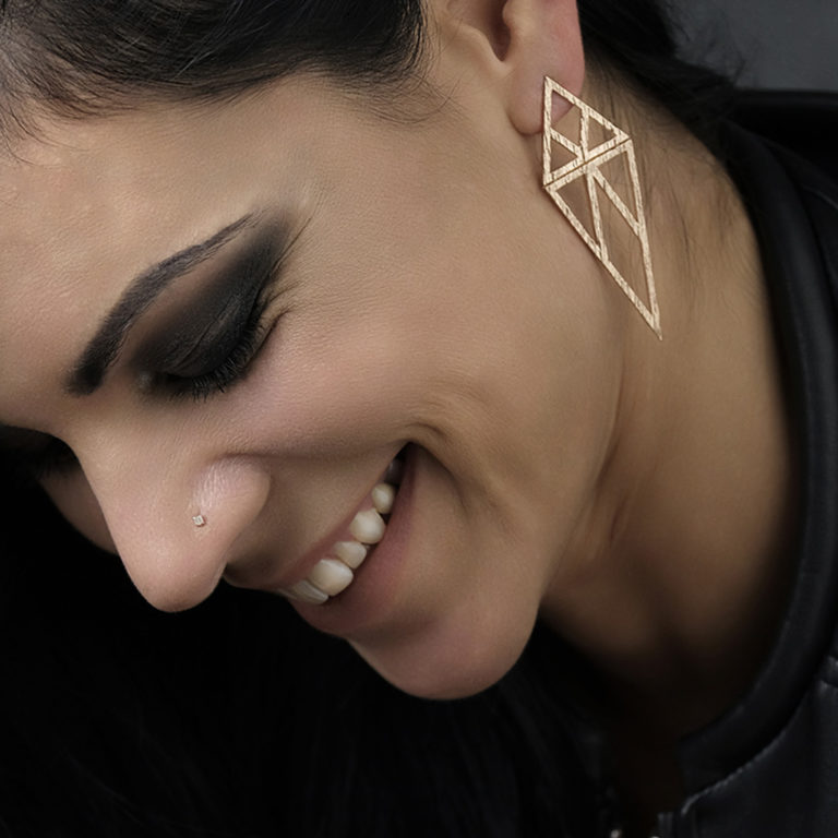 linear-triangle-earrings